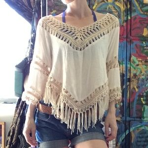 SURF GYPSY Fringe New Cream Beach Blouse